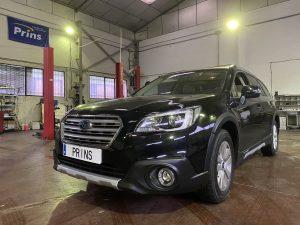 Subaru Outback 2.5 con Kit GLP Prins y sistema Valve Care